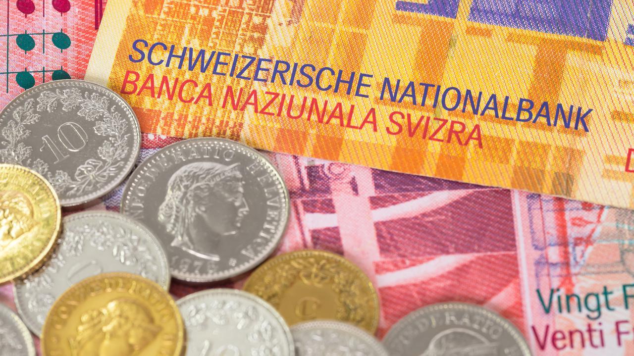 Banki chcą, aby to państwo zajęło się frankowym problemem. Trzy rozwiązania