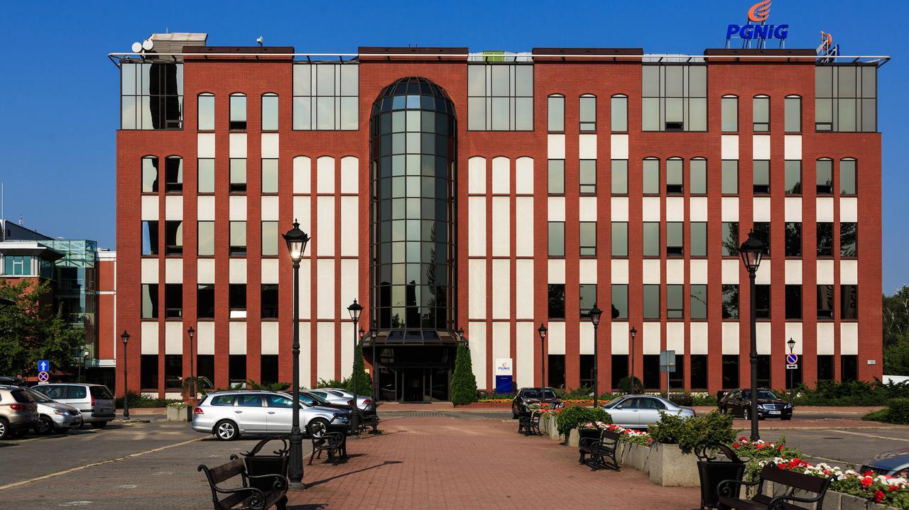 Orlen złożył wniosek w sprawie przejęcia PGNiG