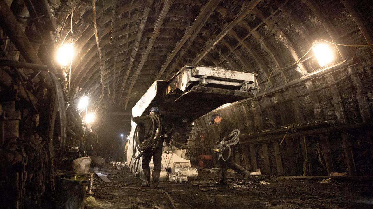 Na Śląsku wzrasta liczba zakażeń. W kopalni Zofiówka jedna trzecia pracowników z koronawirusem