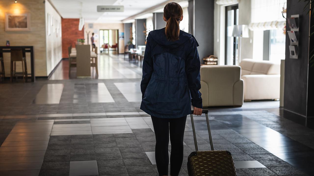 Gowin zapowiada kontrole w hotelach