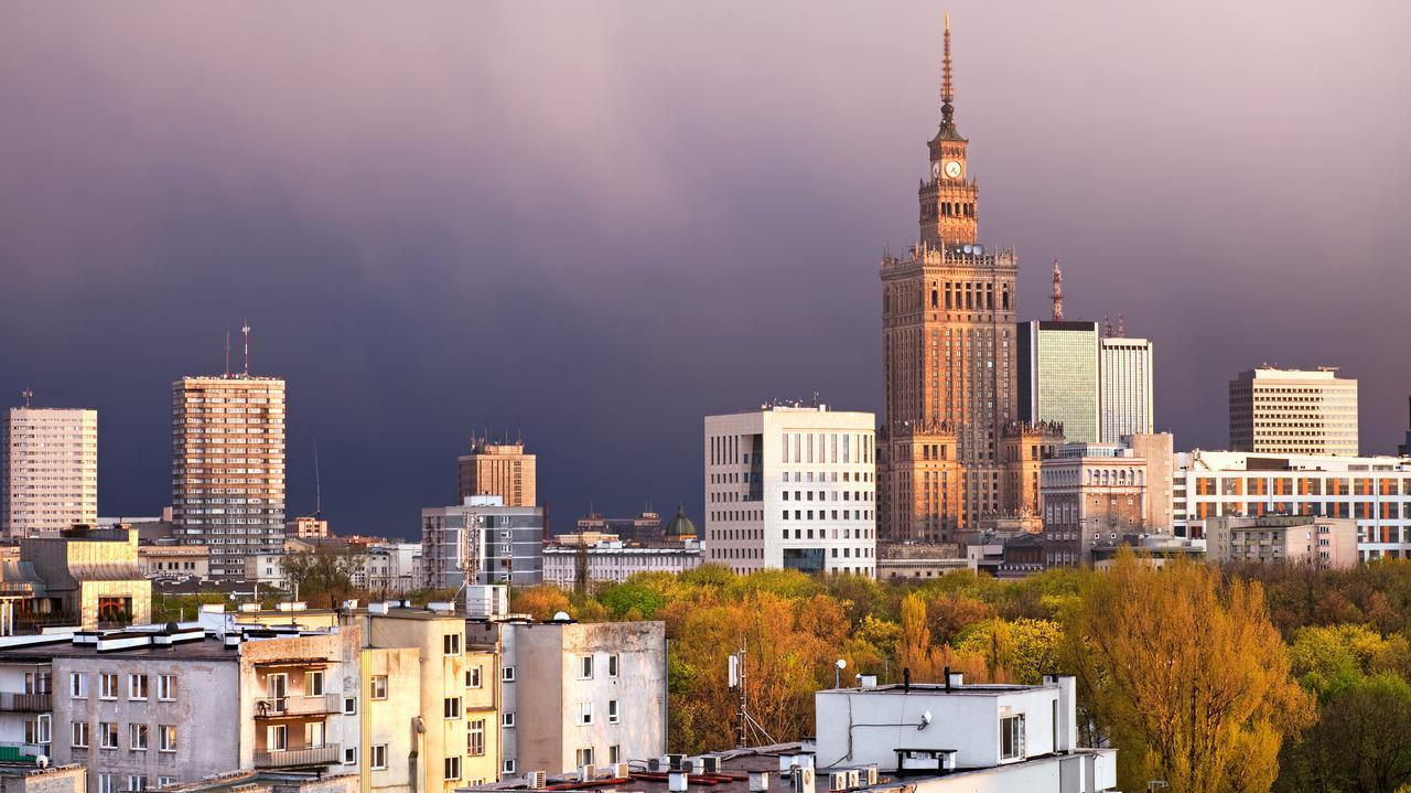 """Bruksela obniża prognozy dla polskiej gospodarki, ale będziemy mieć """"najpłytszą recesję w UE"""""""