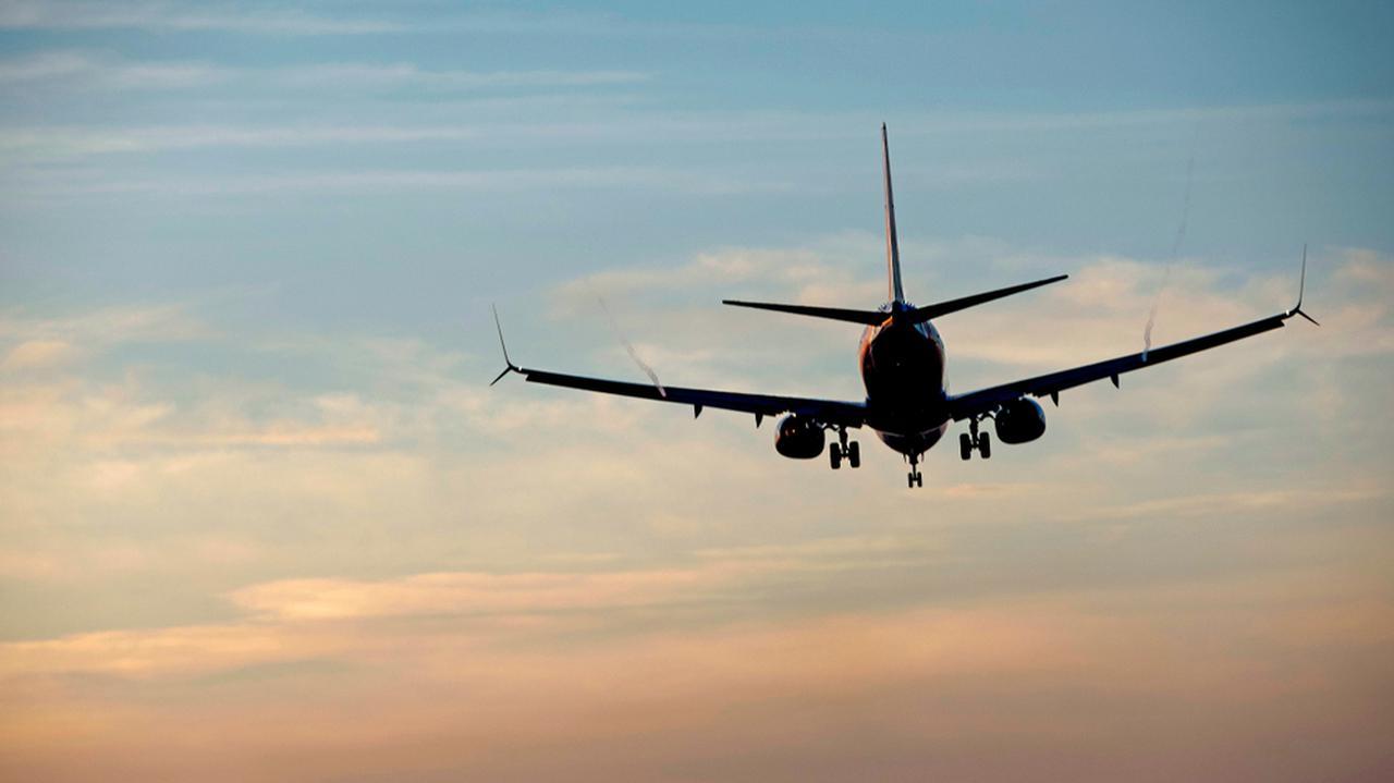 Boeingi 737 MAX znów z problemami. Linie lotnicze uziemiają maszyny