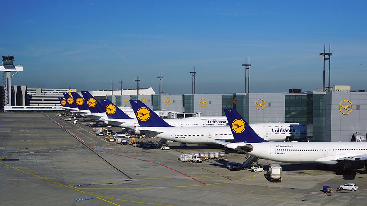 Lotniczy gigant planuje kolejne zwolnienia. Pracę straci nawet tysiąc osób