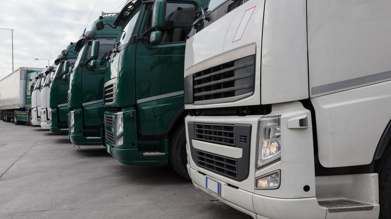 Kolejne utrudnienia dla polskich transportowców. Nowe przepisy coraz bliżej, wytycznych brak