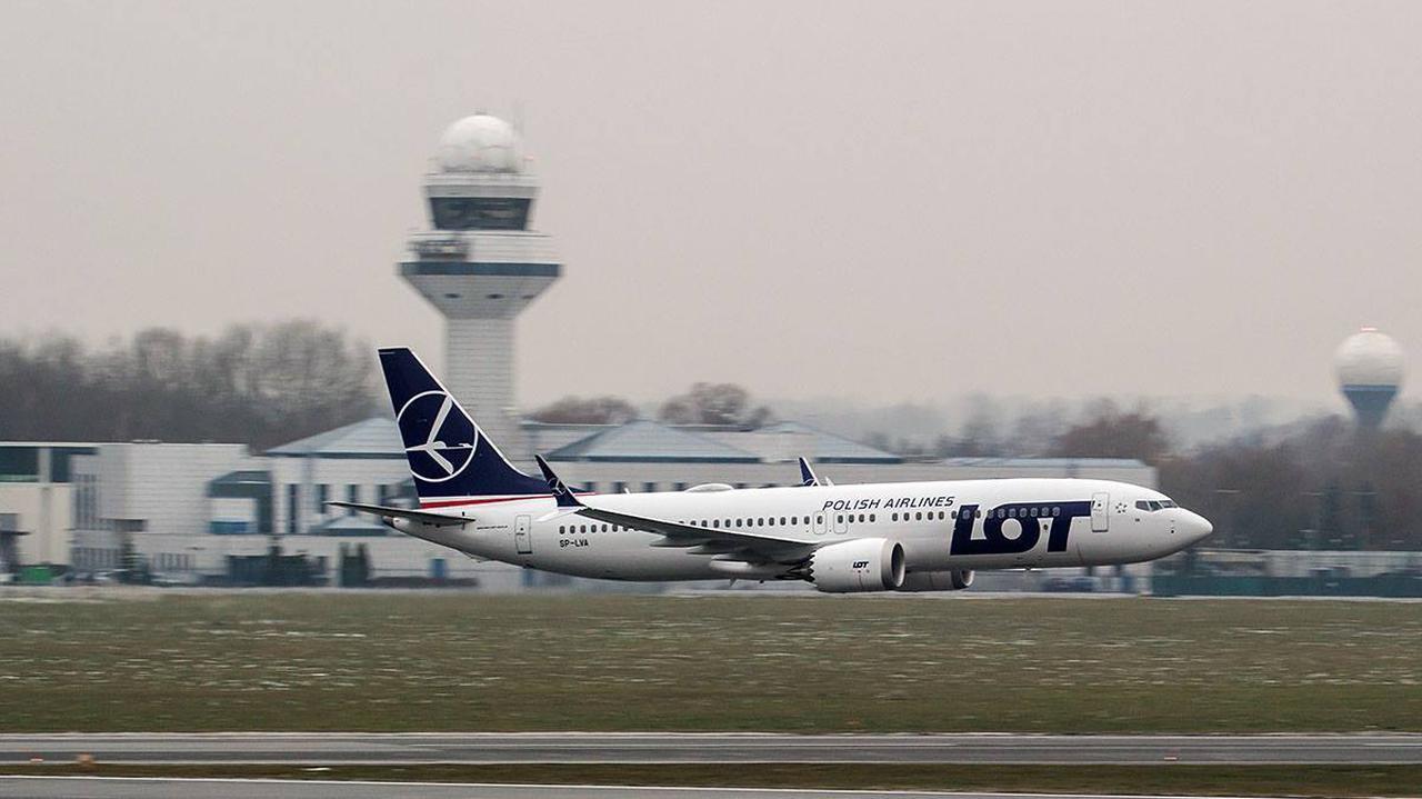 LOT domaga się od Boeinga odszkodowania. Linie złożyły w sądzie pozew