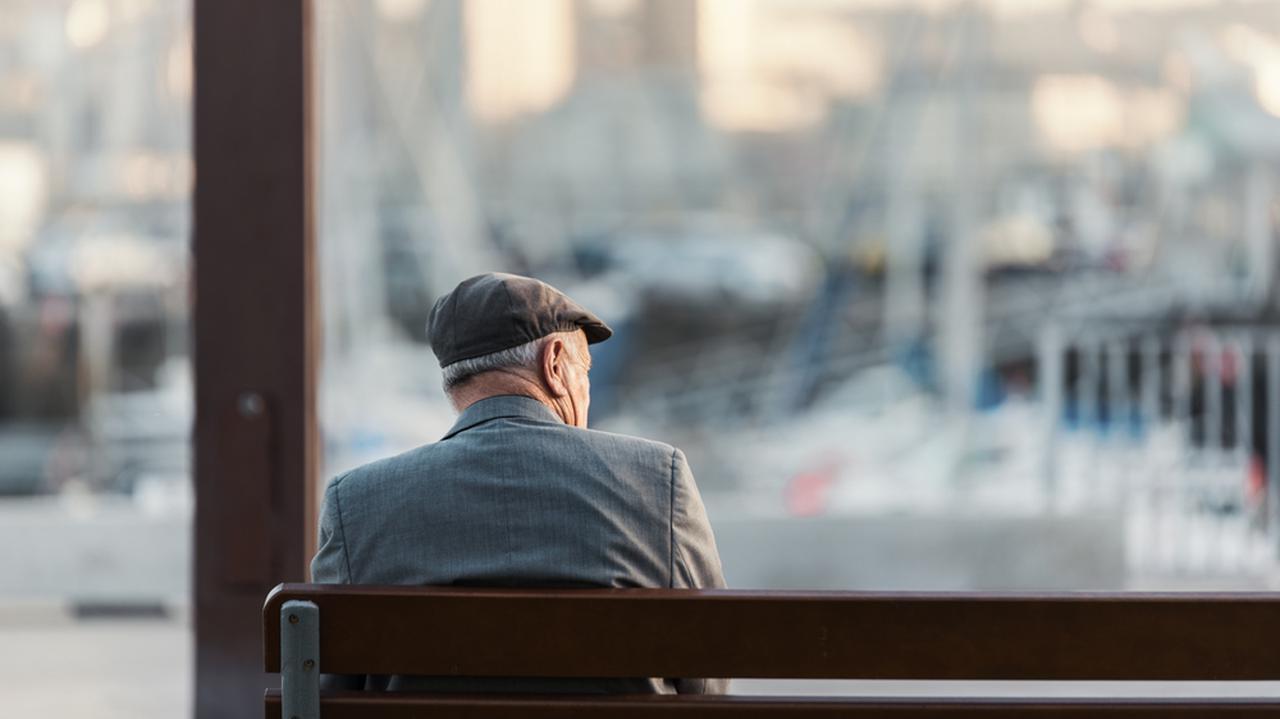 13 i 14 emerytura, czyli dodatkowe świadczenia dla emerytów. Kto i ile dostanie?