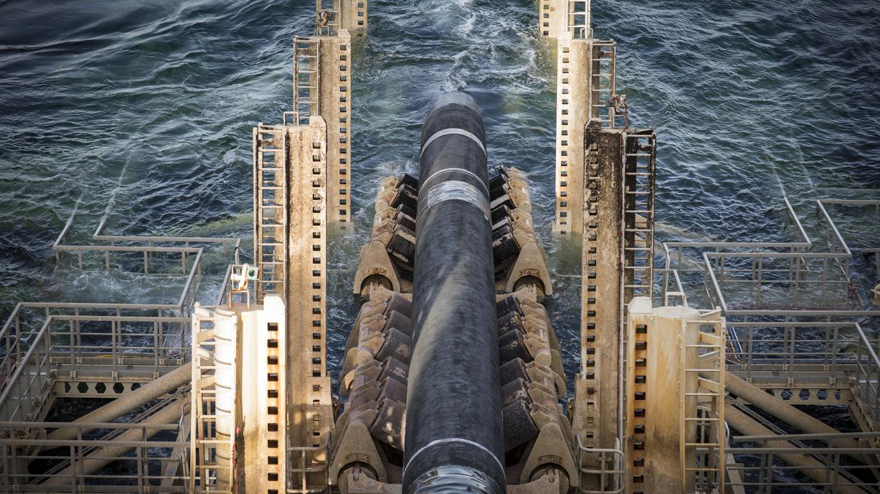 """""""To jest polityczny projekt"""". Szefowa KE o Nord Stream 2"""
