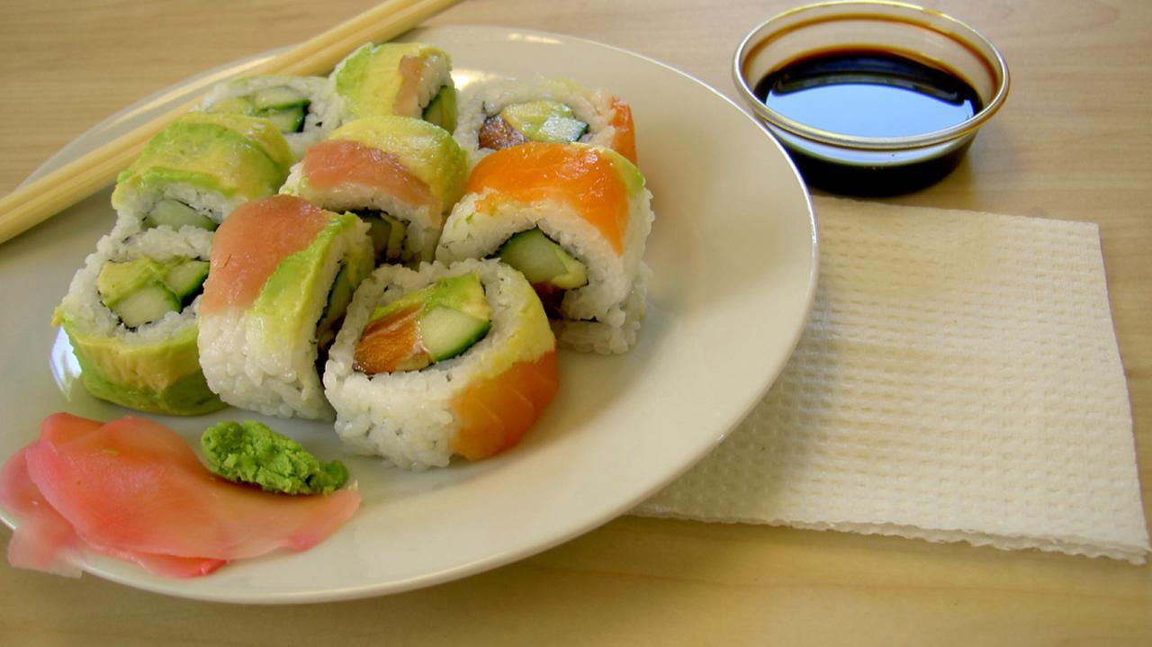 """Partie sezamu i zestawów do sushi wycofane z obrotu. Wykryto """"substancję szkodliwą dla zdrowia"""""""
