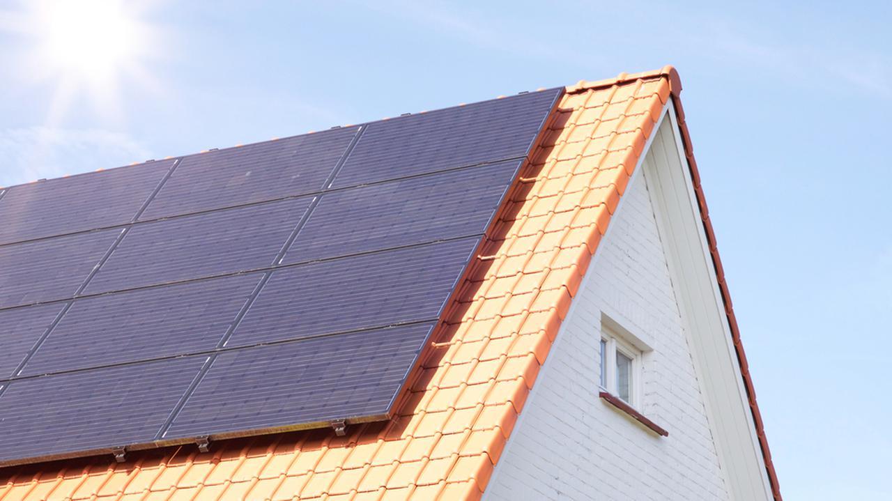 Zmiany dla właścicieli paneli słonecznych. Wiceminister mówi o terminach