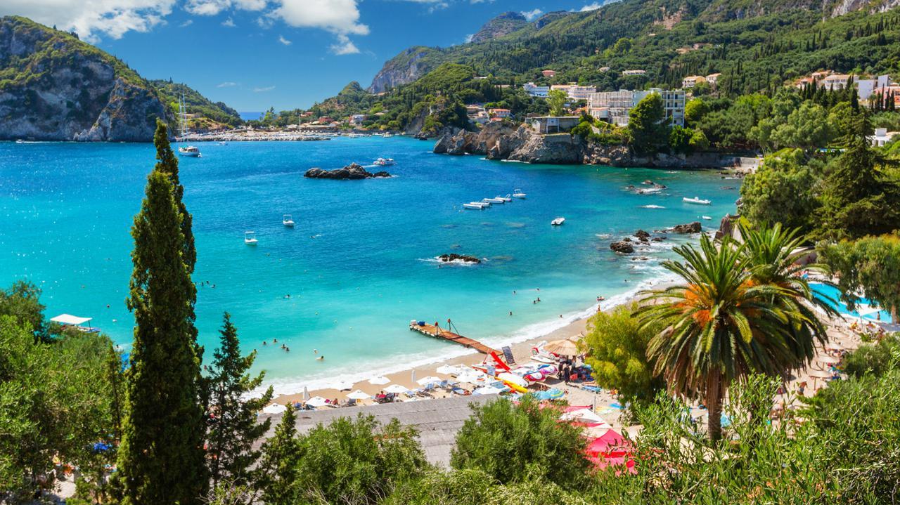 Grecja otwiera się na turystów z 29 krajów. Ale Polacy muszą zaczekać