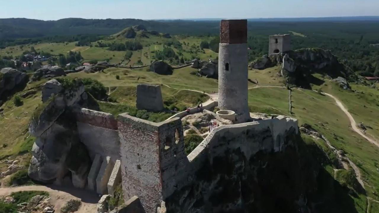 Pod średniowiecznym zamkiem odkryli system nieznanych jaskiń i tuneli