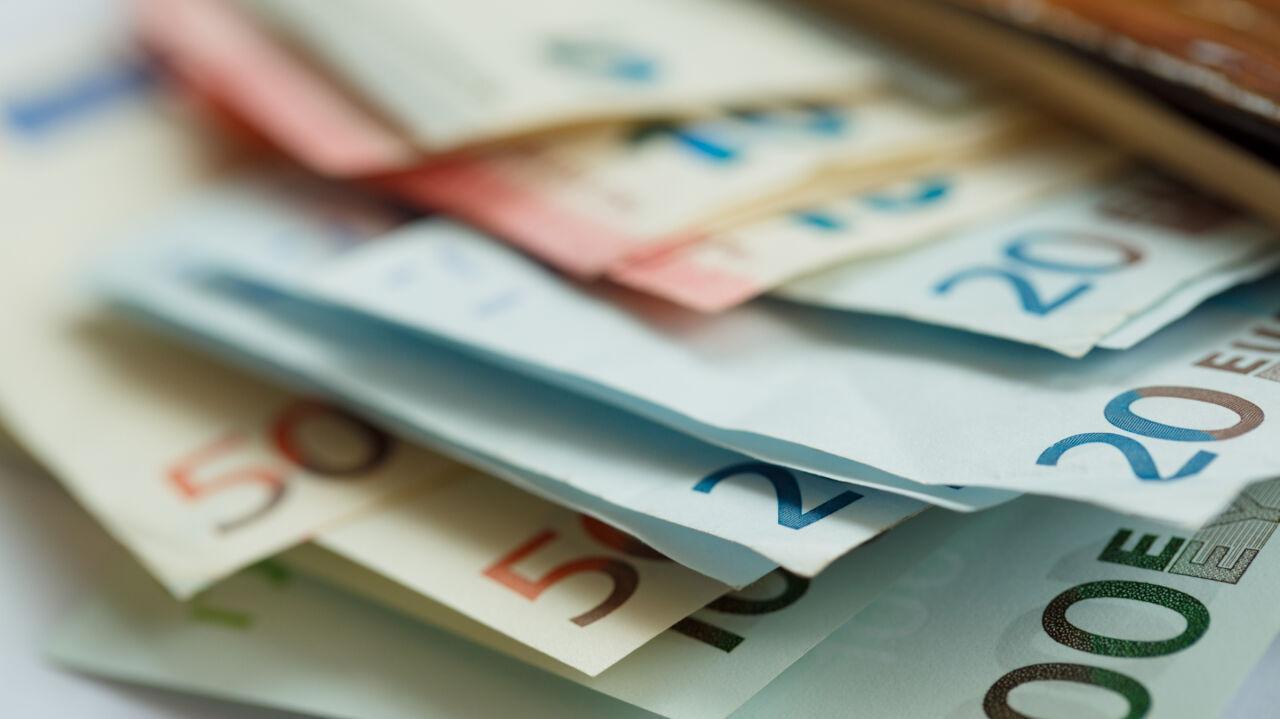 Za dużo gotówki przy sobie? W tym mieście może spotkać cię kara 2500 euro