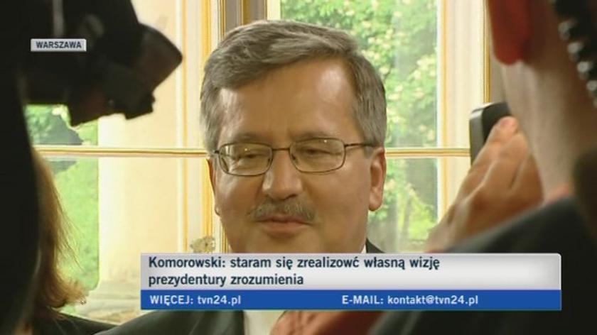 Bronisław Komorowski tłumaczy się z żartu o poznaniakach i krakowiakach (TVN24)