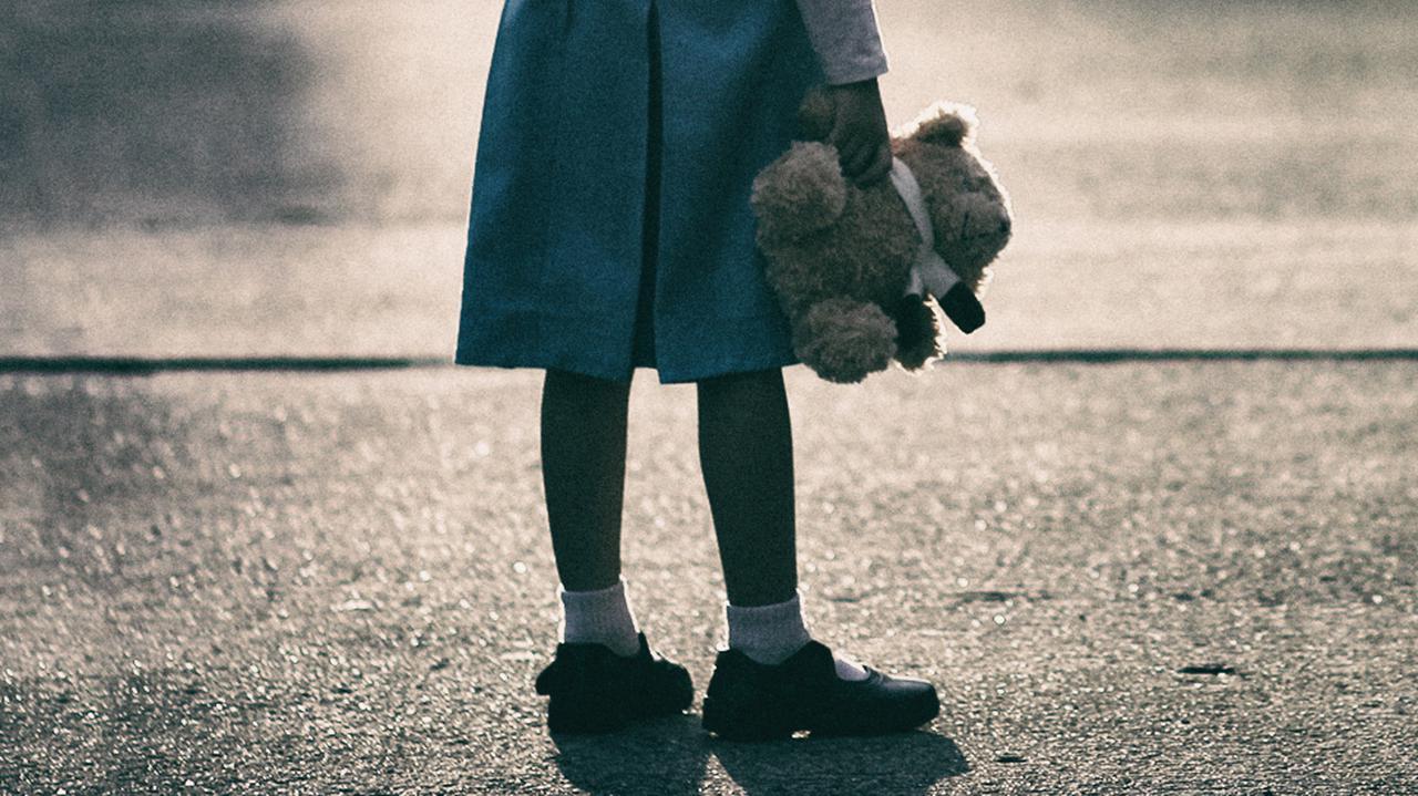 Przez ponad rok gwałcił 10-letnią dziewczynkę. Sąd Najwyższy uchylił wyrok