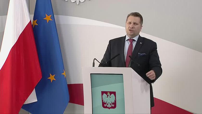 Minister Czarnek o pieniądzach i prestiżu nauczycieli