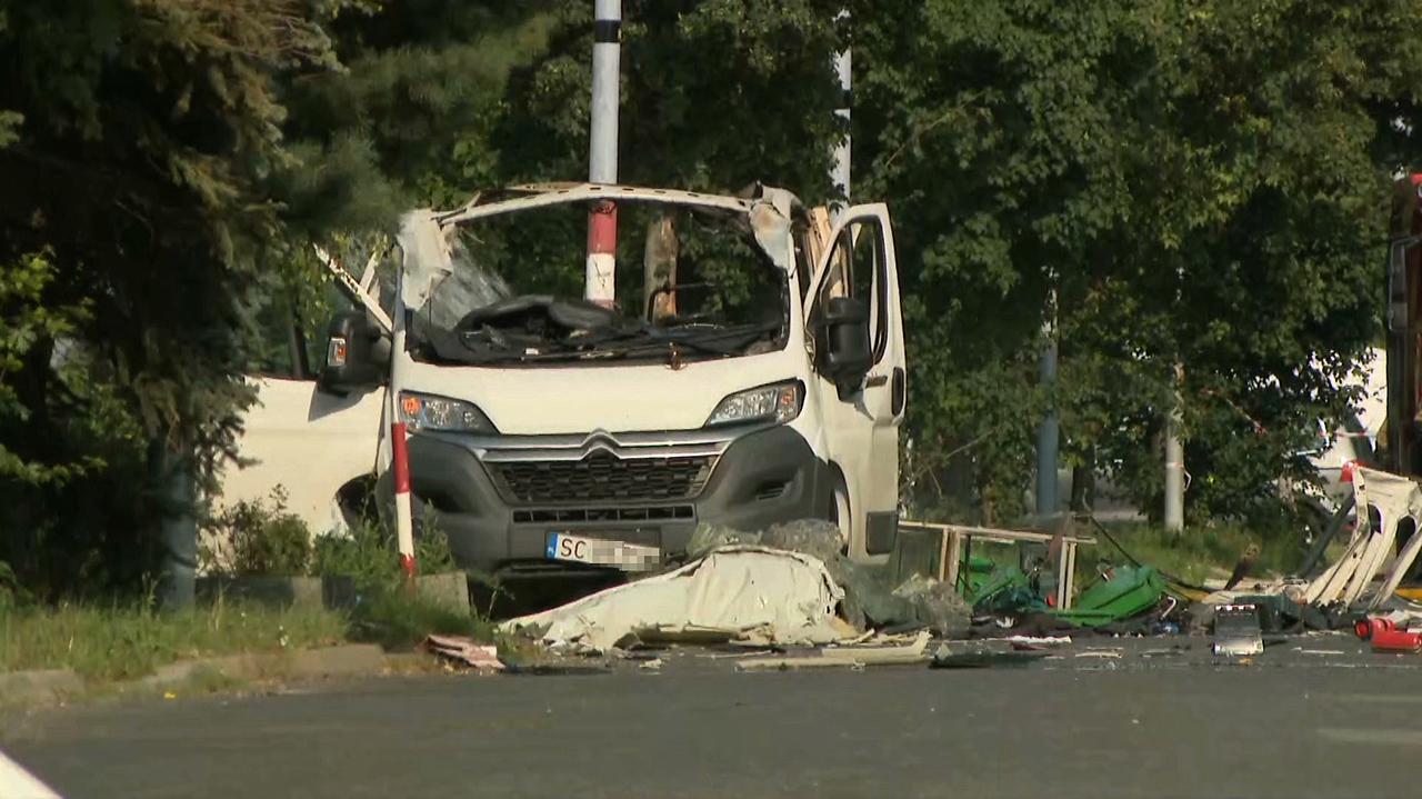 W Częstochowie wybuchł gaz w samochodzie dostawczym. Relacje świadków