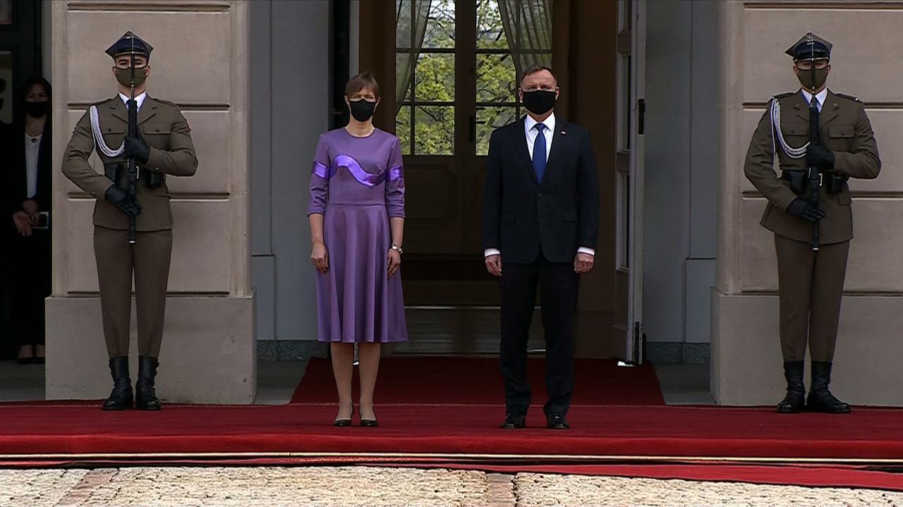 Prezydent Estonii rozpoczęła oficjalną wizytę w Polsce. W planach rozmowy w cztery oczy z Andrzejem Dudą