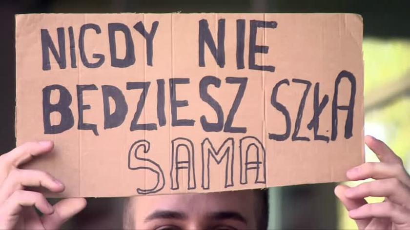 Sądowy spór o symbol Strajku Kobiet