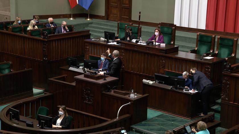 Braun do Niedzielskiego: będziesz wisiał. Reakcja wicemarszałek Sejmu Małgorzaty Kidawy-Błońskiej: skandal