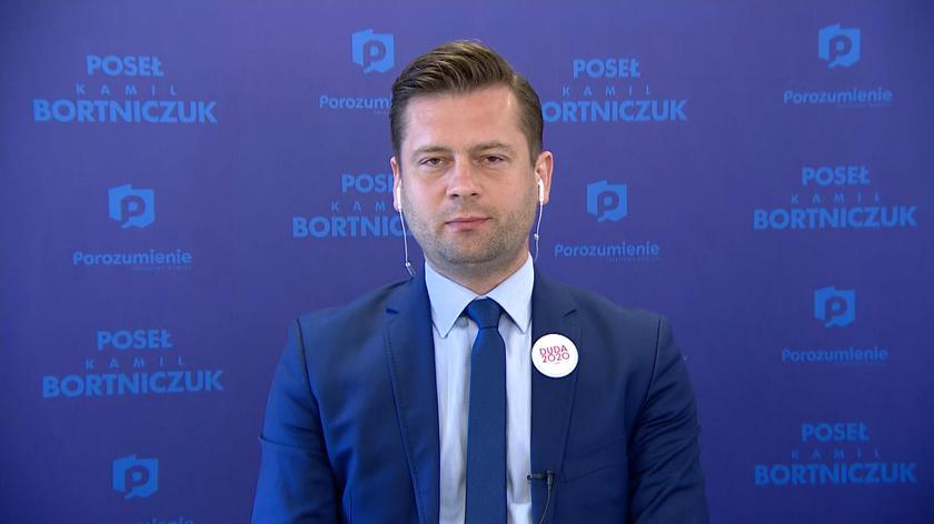 """Kamil Bortniczuk w """"Debacie Faktów"""": słowa posła Czarnka nie są oficjalnym stanowiskiem Zjednoczonej Prawicy"""