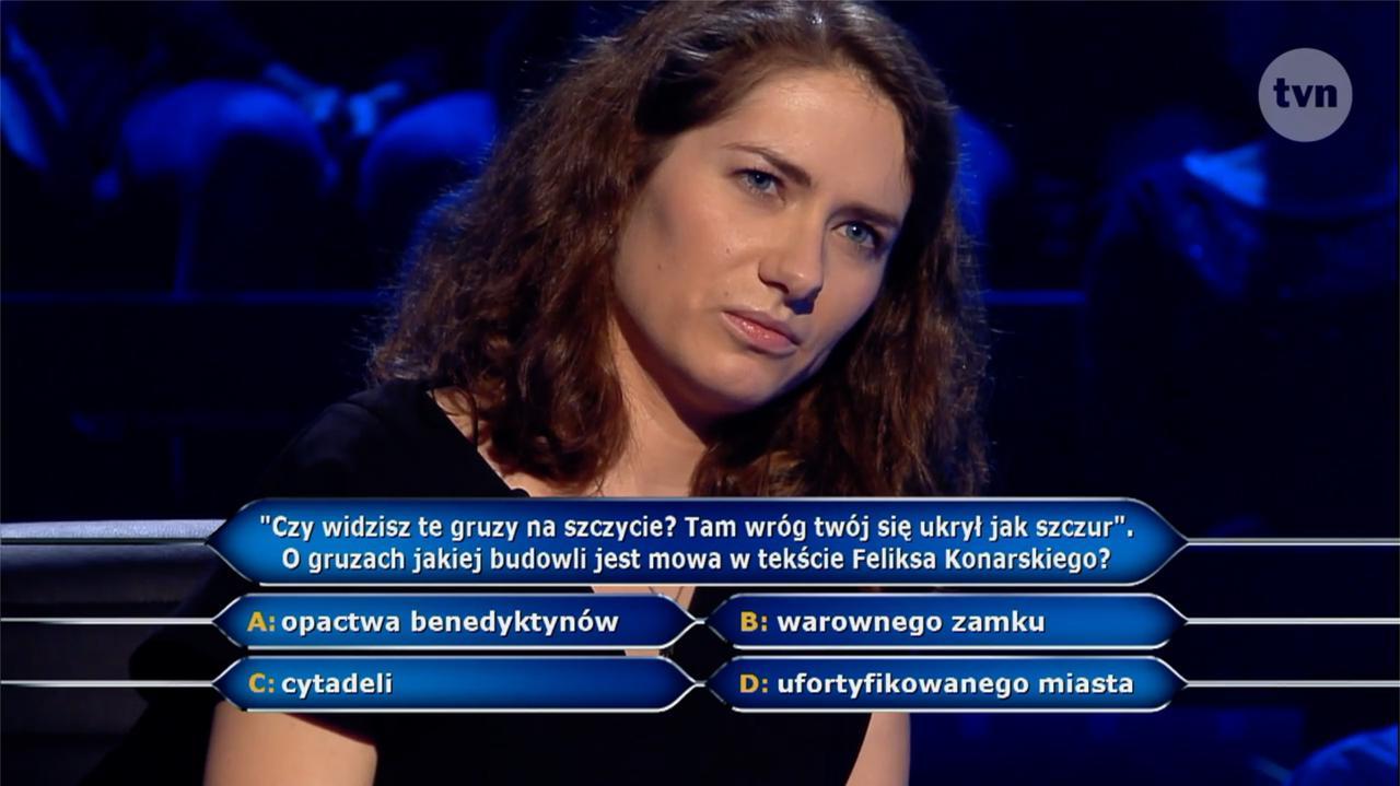 """""""Milionerzy"""": O gruzach jakiej budowli jest mowa w tekście Feliksa Konarskiego? Pytanie i odpowiedź - TVN24"""