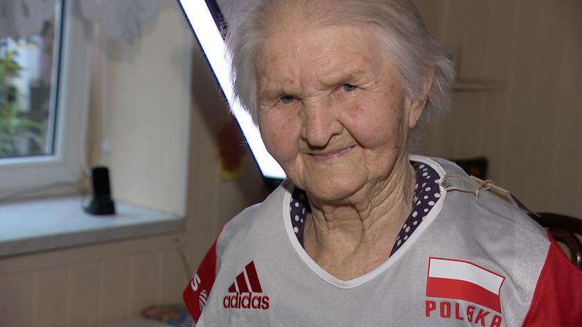 Wierna kibicka, której miłość do sportu nie pyta o wiek
