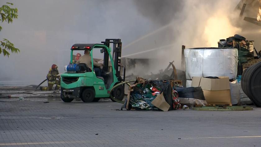 Wrocław: pożar hali magazynowej