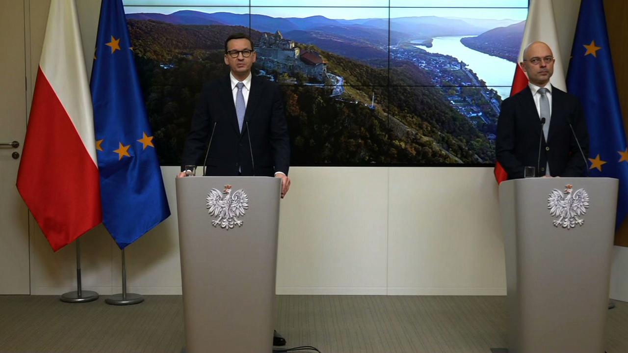Premier Mateusz Morawiecki na konferencji po szczycie w Brukseli - TVN24