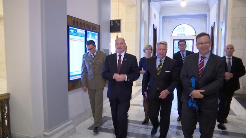Antoni Macierewicz u senatora McCaina