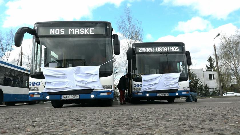 Autobusy w maskach na ulicach Gdyni