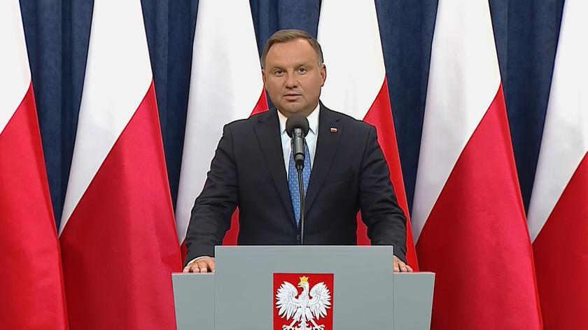 """""""Polacy mnie znają i wiedzą, jakie wyznaję wartości"""". Prezydent złożył przysięgę"""