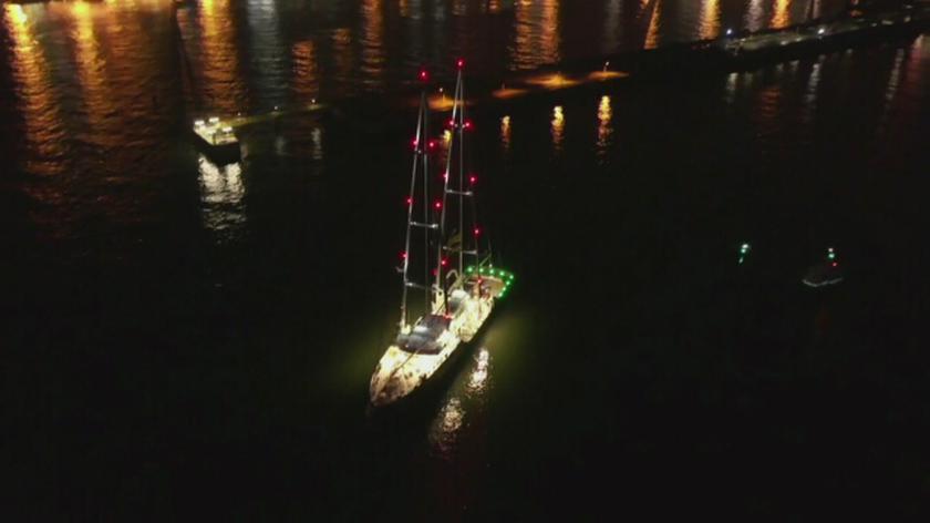 Żaglowiec Greenpeace blokuje terminal węglowy w Gdańsku