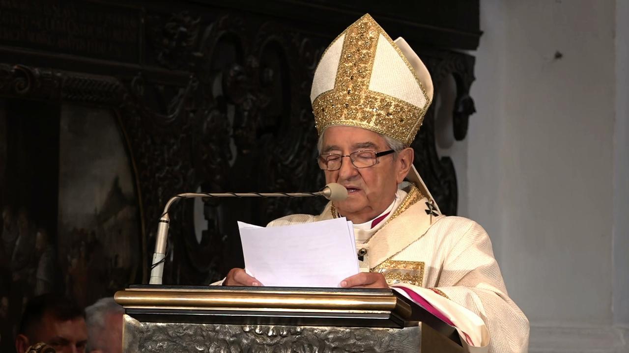 Arcybiskup Głódź stracił tytuł honorowego obywatela Białegostoku