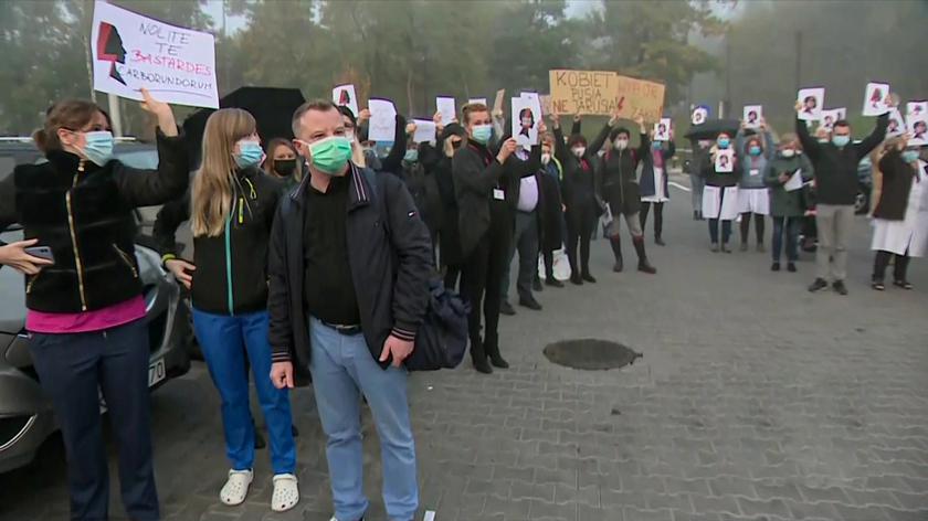 Protesty lekarzy Szpitala Uniwersyteckiego w Krakowie