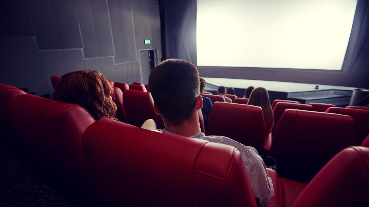 Otworzą się kina i teatry, wrócą koncerty plenerowe. Minister podał daty i warunki
