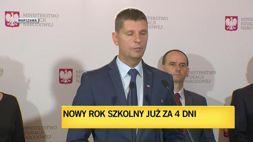 Minister Piontkowski o zasadach obowiązujących od 1 września
