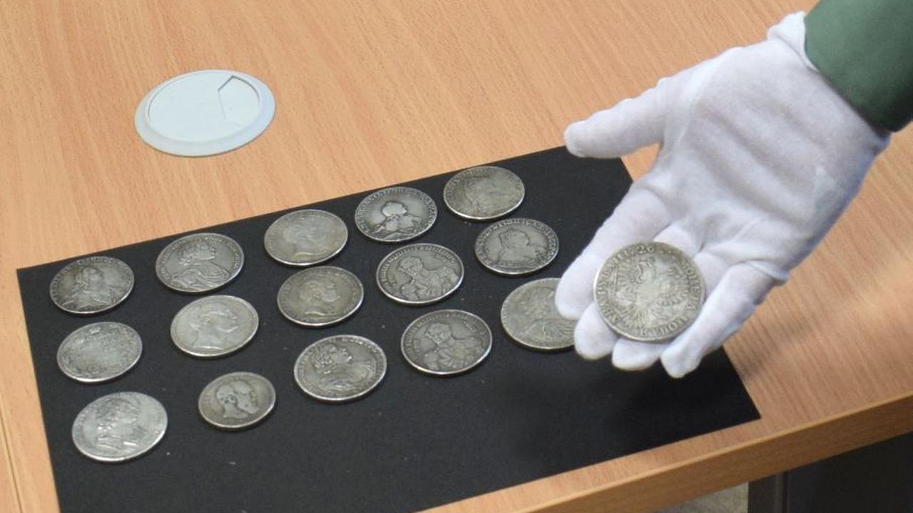 Carskie monety w portfelu kierowcy. Celnicy udaremnili przemyt