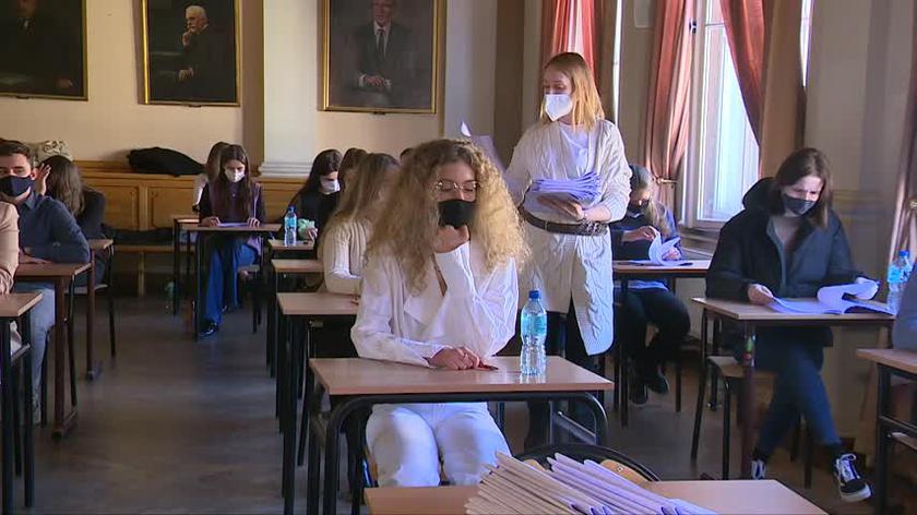 Co druga szkoła przystąpiła do próbnej matury