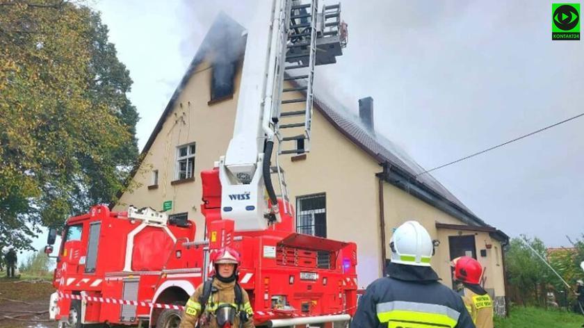Pożar w miejscowości Pustowo. W jednym z pomieszczeń znaleziono ciało