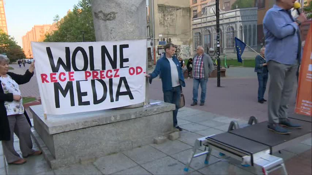 Ustawa anty-TVN. Protesty w obronie wolnych mediów w Polsce