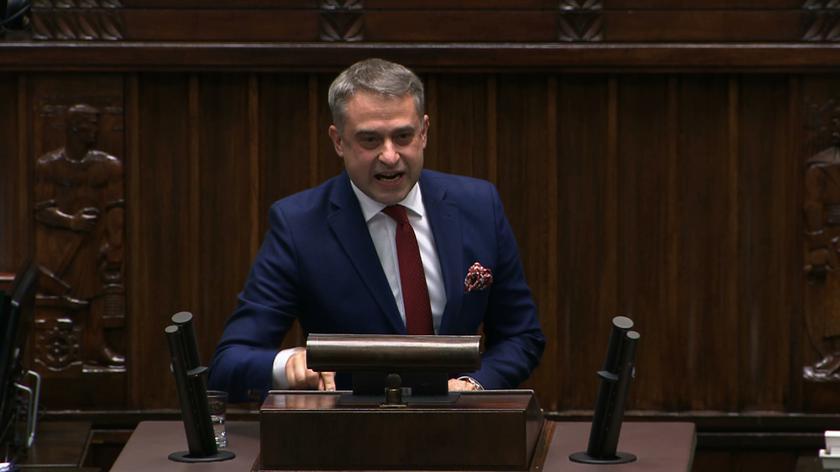 Krzysztof Gawkowski chciał odśpiewania hymnu Unii Europejskiej