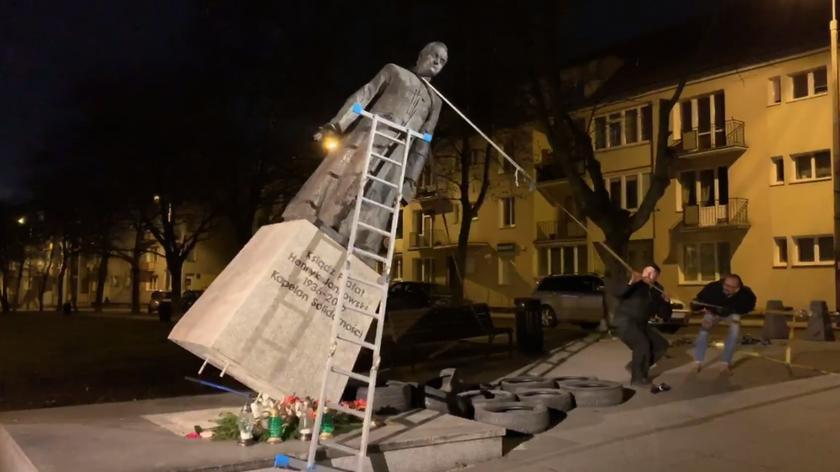 Wyrok w sprawie obalenia pomnika księdza Jankowskiego