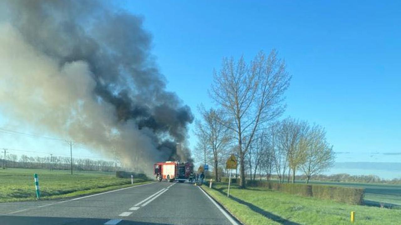Gwałtowne hamowanie i pożar. Tragiczny wypadek  pod Kostrzynem