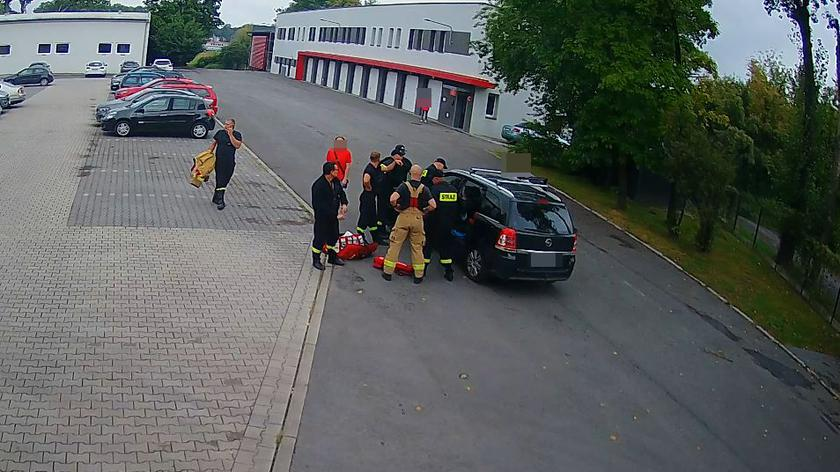 Zasłabła za kierownicą. Auto wtoczyło się na plac opolskiej straży pożarnej