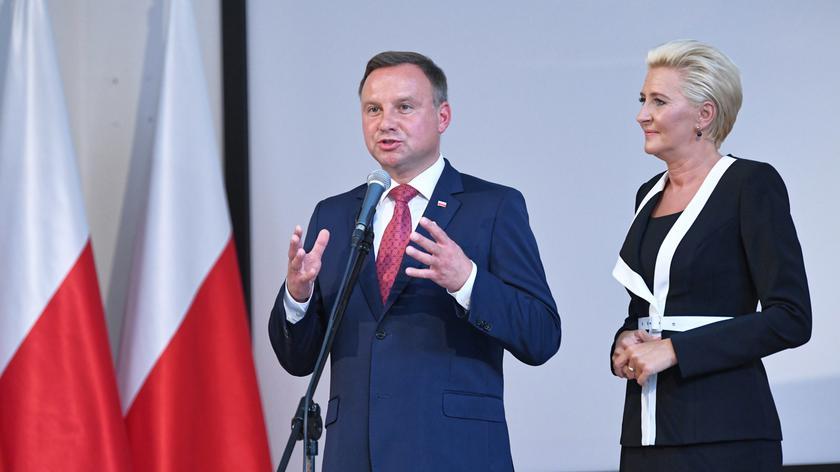 Para prezydencka na uroczystości rozpoczęcia roku szkolnego w III Liceum Ogólnokształcącym w Gdyni