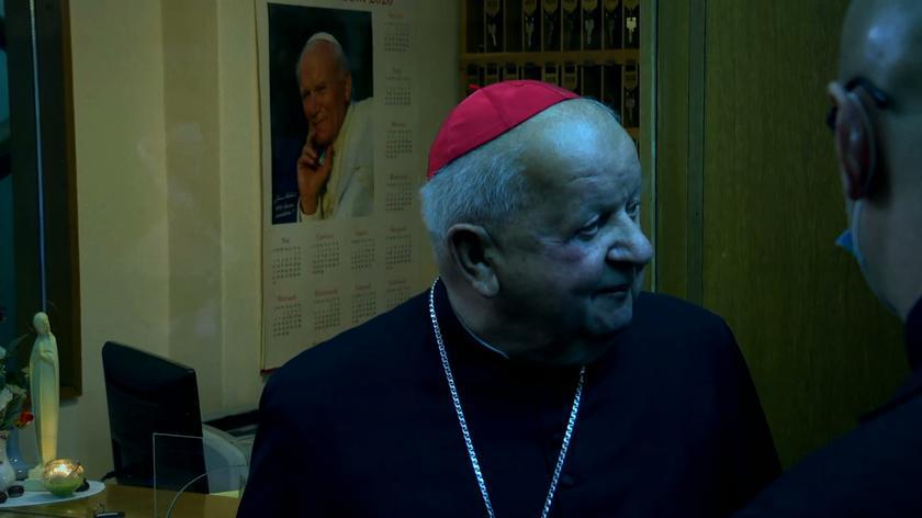 Gowin: kardynał Dziwisz powinien stanąć przed trybunałem kościelnym