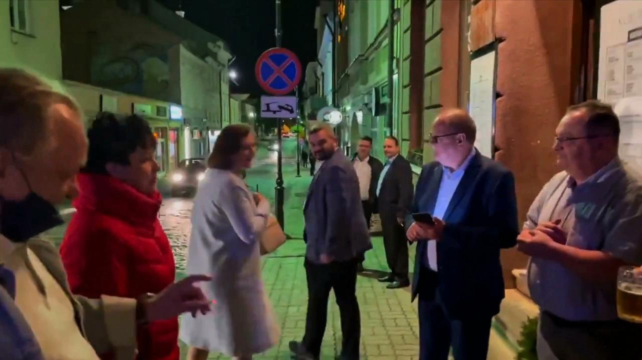 Leniart do uczestników wieczoru wyborczego Fijołka: współczuję, ale życzę wszystkiego dobrego