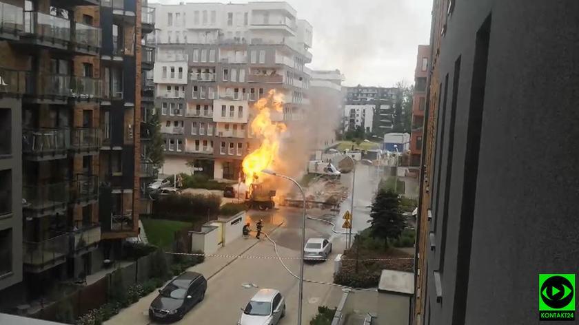 Doszło do zapłonu strumienia gazu, który wydobywał się z gazociągu