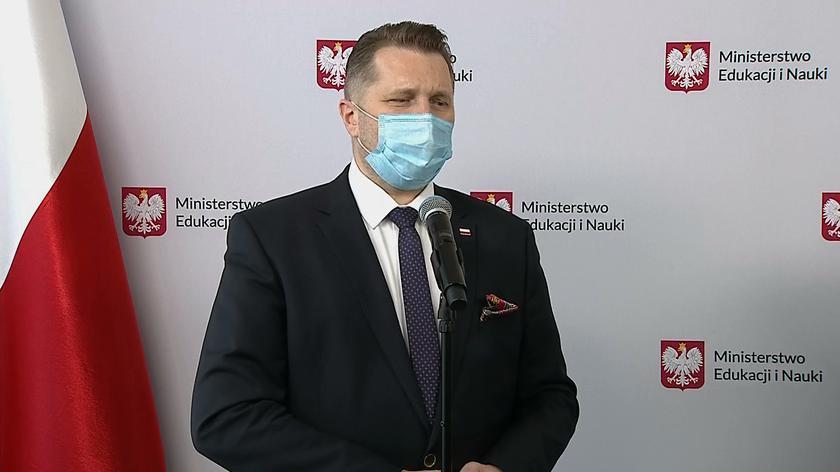 Minister Czarnek do uczniów: Take it easy