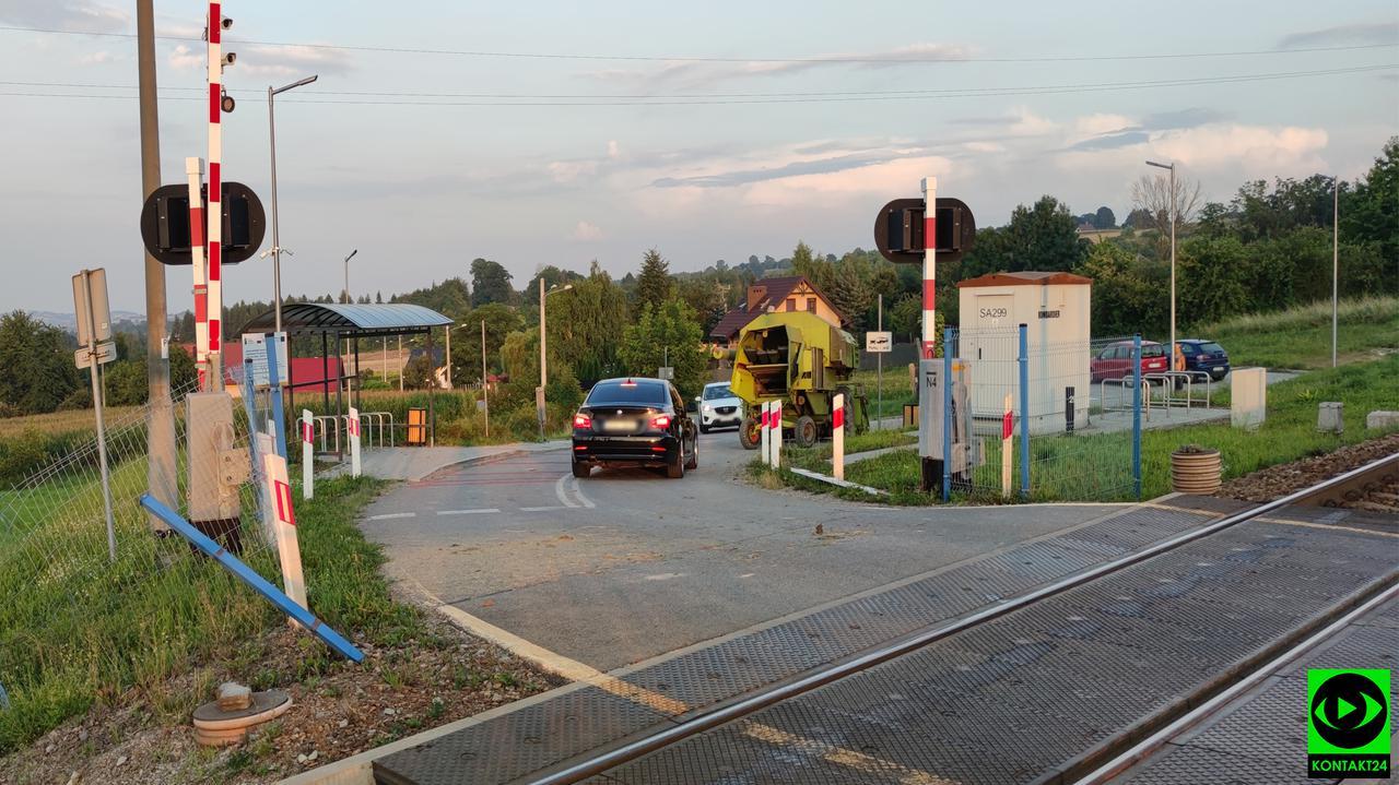 Goszcza: Kombajn wjechał pod nadjeżdżający pociąg mimo opuszczonych półrogatek i sygnalizacji
